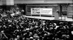 Paris, 1 juin 1983, «Echec à la misère», Conférence à La Sorbonne